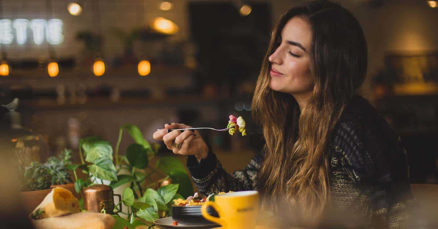 Why You Should Start Mindful Eatingand an Easy Exercise To Start You Off